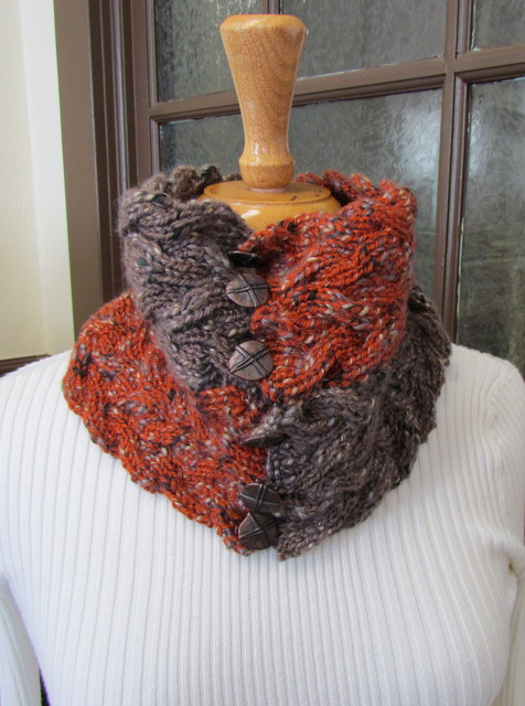 Coffee Beenz Ribbed Cowl by Cia Abbott Bullemer